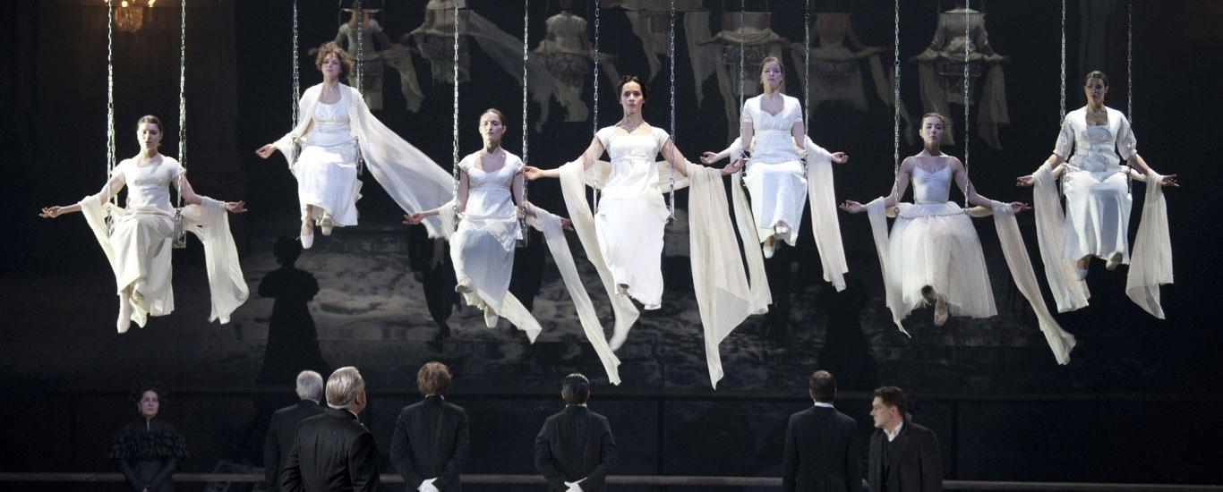 23. İKSV- Vakhtangov Tiyatrosu bir Rus masalı
